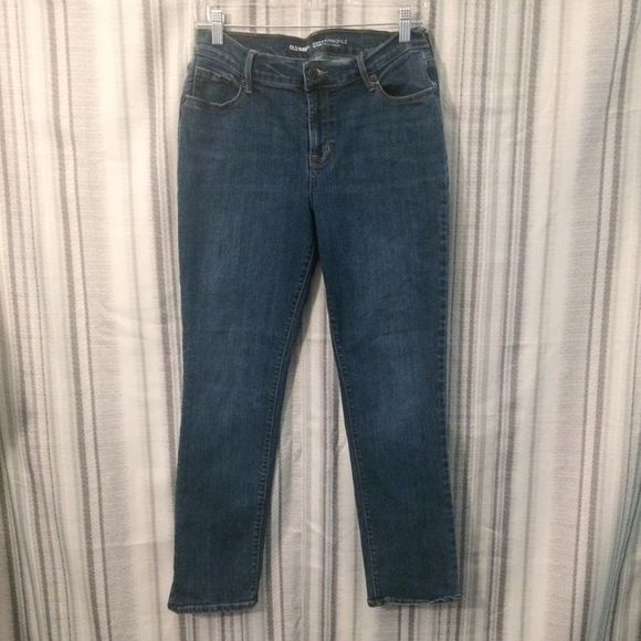 Old Navy Denim - Old Navy Curvy Fit Mid-Rise Jeans Size 8